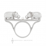 Hungry Hippos ring in sterling silver with a pearl in the center